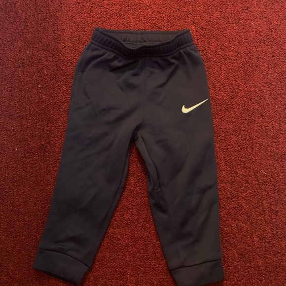 Nike Other - Boys pants 👖